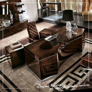 Шикарный классический стол покрыт шпоном эвкалипта