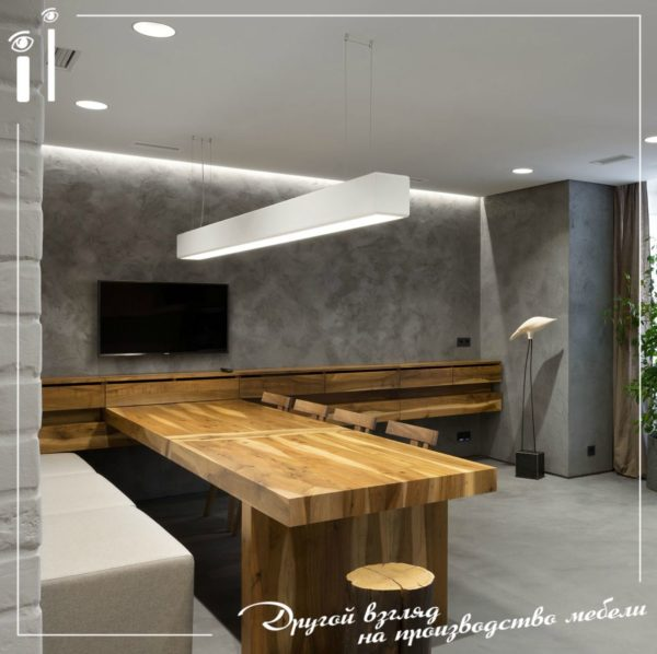 Стулья и стол в лофтовском стиле