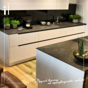 Дизайнерская кухня со столешницей из массива. Art - 4104