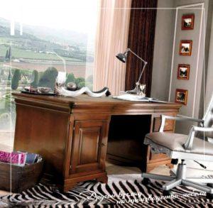 Стол в офис или в домашний кабинет для руководителя