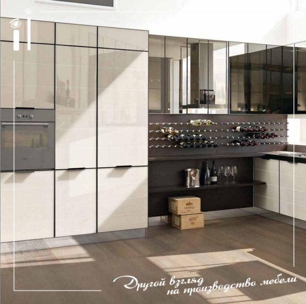 Черно-белая кухня с фасадами из каленого стекла. Art - 4131